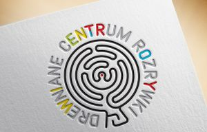 01-DrewnianeCentrumRozrywki-Logo